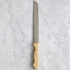 Classic Bread Knife - 50 E - The Cook's Atelier   https://thecooksatelier.com/the-french-larder/cooks-tools/palleres-bread-knife-