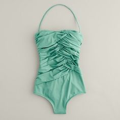 Comes in some really cute colors, the coral is probably my fav and this mint green.  @Logan Grace