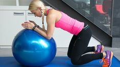 Silný střed těla díky gymnastickému míči - Novinky.cz Pilates, Abs, Relax, Exercise, Workout, Health, Outfits, At Home Workouts, Diet