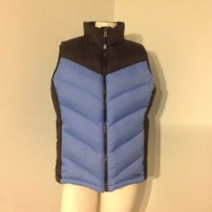 """LL Bean Goose Down Puffer Vest Two Tone M Very nice LL Bean Vest. Two tone nylon with goose down insulation, size Medium. Great condition. Chest 43"""" Length 24"""" L.L. Bean Jackets & Coats Vests"""