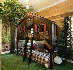 Bunk bed outdoor indoor tree house