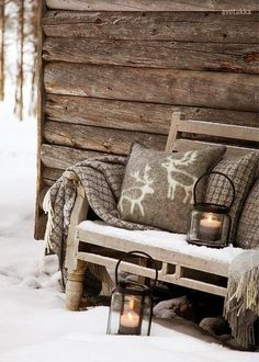 How to Adopt Nordic Hygge and Cozy Up Your Home - 31 Daily Warm Blankets, Scandinavian Christmas, Scandinavian Interior, Christmas Decorations, Holiday Decor, Family Holiday, Holiday Gif, Christmas Garlands, Holiday Movies