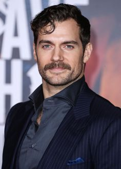 Hi Henry i wait and see when i see you or not i go not make me nervus i do my work that all is ready only bagage not when you hare here you chouse the clodes and i the rest sleep well dear Mustache Wallpaper, Henry Cavill Justice League, Henry Superman, Celebrity Siblings, Celebrity Photos, Love Henry, Movie Couples, Dapper Men, British Actors