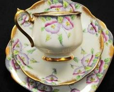 purple Teacup Trio Sets | ... about ROYAL ALBERT MAUVE PURPLE PANSY GOLD TEA CUP AND SAUCER TRIO