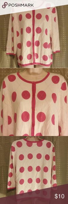 "Christopher & Banks White Pink Polka Dot Top M Very good condition with minimal wash wear. 3/4 sleeve knit top. 100% cotton. 40"" bust 23"" length. Posh3. Christopher & Banks Tops Blouses"