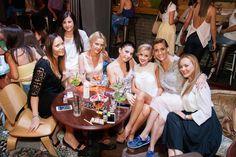 98 Poze Nomad Skybar - Joi 16.07 Bridesmaid Dresses, Wedding Dresses, Fashion, Bridesmade Dresses, Bride Dresses, Moda, Bridal Gowns, Fashion Styles, Weeding Dresses