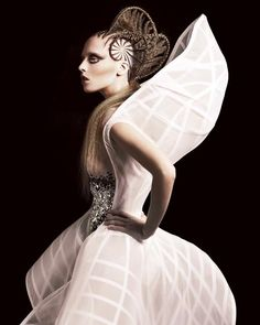 Avant Garde Fashion - sculptural, contoured dress; 3D fashion; wearable art