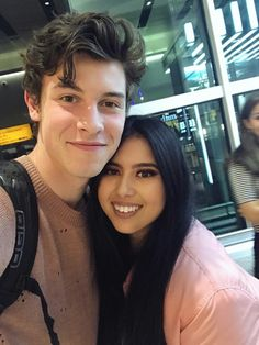 Shawn with fan today in London 11/9/17  I'm in love with this sweater