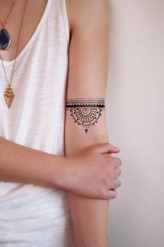 Half mandala temporary tattoo henna style por Tattoorary en Etsy:                                                                                                                                                                                 Más