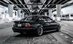 BlackBMW M5 (E39).