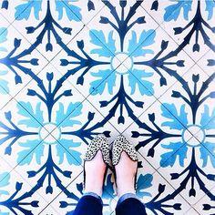 Have this thing with tiles. Amazing pic by @eetrodson // keep tagging #ihavethisthingwithtiles  _____________________________________________  #fwisfeed #feet #lookyfeet #lookyfeets #lookdown #selfeet #fwis #fromwhereyoustand #viewfromthetop #ihavethisthingwithfloors #viewfromthetopp #happyfeet #picoftheday #photooftheday #amazingfloorsandwanderingfeet #vsco #all_shots #lookingdown #fromwhereonestand #fromwherewestand #travellingfeet #fromwhereistand #tiles #tileaddiction #tilecrush #floor…
