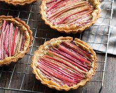 Tart Recipes, Dessert Recipes, Desserts, Mini Tartlets, Rhubarb Tart, Butter Tarts, Sweet Tarts, Spring Recipes, Brown Butter