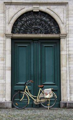 Painted Front Door Inspiration-designrulz (33)