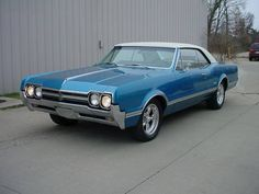 1966 Oldsmobile Cutlass SUPREME HOLIDAY COUPE 425, AUTO