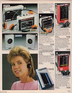 Take a blast into the past of retro goodness with this wonderful scan photostream of the entire 1985 Argos Catalog. From vintage toys, to vintage duvets, cooking tools . Take a look back to a more funky time. Vintage Advertisements, Vintage Ads, Vintage Stuff, Retro Advertising, Vintage Music, Beatles, Radios, 80s Aesthetic, Cassette Recorder