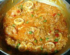 Arroz con mariscos (rice with seafood),