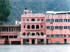 The Haveli Hari Ganga Hotel - http://indiamegatravel.com/the-haveli-hari-ganga-hotel/
