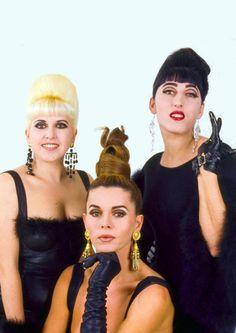 Almodovar s Girls Loles Rossy Bibiana Bibiana Fernandez, Almodovar Films, Miss Puerto Rico, Divas, Spanish Actress, Actrices Sexy, Spanish Culture, My Fair Lady, Cultura Pop