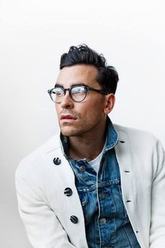 Interesting sweater, classic denim jacket, trendy round glasses, perfectly mixed look. #mensfashion #fashion