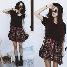 66 Ideas For Fashion Grunge Summer Plaid Skirts Punk Fashion, Grunge Fashion, Fashion Beauty, Alice In Chains, Grunge Outfits, Pearl Jam, Crazy Outfits, Cute Outfits, Mode Grunge