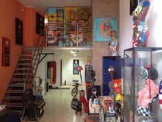 Urban art, Modern art, Pop art, Contemporary art, Arte moderno, Arte contemporáneo, Pop art, Mike Gamero, Mike Gamero art. Mike Gamero artist, Mike Gamero artista Pop Art, Stationary, Vacuums, Home Appliances, Contemporary Art, Artists, House Appliances, Vacuum Cleaners