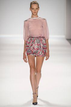 Custo Barcelona Spring 2014 Ready-to-Wear Fashion Show