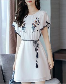 Fashionmia - Fashionmia Round Neck Embroidery Bowknot Chiffon Skater Dress Work outfits for dresses casual outfits classy fashions lovely 2019 fall dress outfits Stylish Dresses, Simple Dresses, Elegant Dresses, Pretty Dresses, Beautiful Dresses, Casual Dresses, Short Dresses, Eid Dresses, Sleeve Dresses