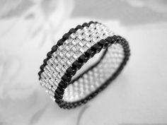 Peyotl bague en argent et noir graine perle par MadeByKatarina, $12.00