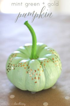 No Carve Mint Green + Gold Pumpkin, Delineate Your Dwelling #fall #decor #autumn