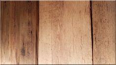 Falburkolat antik deszkákból Hardwood Floors, Flooring, Loft Design, Vintage Designs, Texture, Diy, Crafts, Wood Floor Tiles, Surface Finish