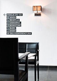 Poziom 511 Signage system for a Hotel Hotel Signage, Office Signage, Directional Signage, Wayfinding Signs, Signage Display, Signage Design, Design Hotel, Showroom Design, Indoor Outdoor