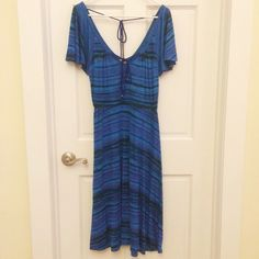 Plenty by Tracy Reese blue flutter dress Never worn! Beautiful blue dress with streaks of purple and green. Perfect for those summer days. Can be dressed up or down. Originally from Anthropologie. Plenty by Tracy Reese Dresses Midi
