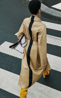 Striped Cotton-Gabardine Trench Coat by Givenchy Givenchy Clothing, Givenchy Paris, Beige Outfit, Haute Couture Style, Vogue, Trenchcoat Style, Trench Coat Outfit, Trench Coat Women, High Fashion