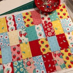 Brand new Project Design Team member Sharon of @daisycottagequilting is creating with the Shabby Strawberry  can't wait to see the finished project  #staytuned #pennyrosefabrics #ilovepennyrose #quilt #sew #create #handmade