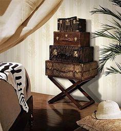 Safari Bedroom - love the suitcases Tropical Bedrooms, Tropical Home Decor, Tropical Houses, Tropical Interior, Tropical Colors, Tropical Style, Safari Room, Safari Chic, African Bedroom