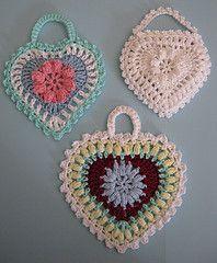 Ravelry: Grandma's Heart pattern by Carola Wijma..free pattern!