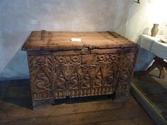 viking chest | Viking Hoards and Buried Treasure!!!