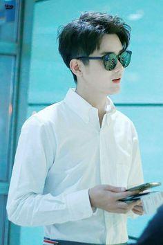 Korean Celebrities, Celebs, Perfect Boy, Boys Over Flowers, Tumblr Boys, Pretty Men, Asian Actors, Drama Movies, Nayeon