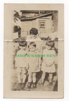 Antique Vintage Photograph~4 Young Children~Group Photo~House~Outside~Kids~Trees