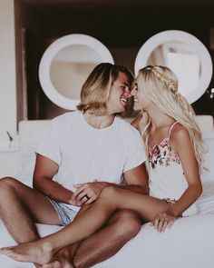 """""""Honeymooners 😍 in the Wesley Top + Ashton Shorts. Savannah Soutas, Cole And Savannah, Cute Family, Beautiful Family, Family Pictures, Cute Couples Goals, Couple Goals, Family Goals, Sav And Cole"""