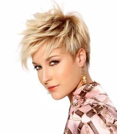 50  Pixie Haircuts | http://www.short-hairstyles.co/50-pixie-haircuts.html