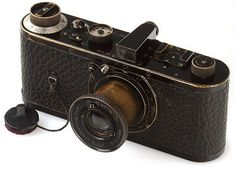 This rare 1923 Leica 0-series no 116 (from a pilot series of 25) went for 2.16 million euros (£1.75 million or 2.8 million $) at an auction at Westlicht Gallery in Vienna in May 2012 - seven times the Nikon D700, Classic Camera, Camera Equipment, World Records, Vintage Cameras, Antique Cameras, Lenses, Leica Camera, Film Camera