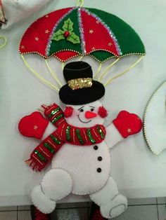 Bucilla Dropping In 6 Pce. Felt Christmas Ornaments, Christmas Mood, Christmas Makes, Handmade Ornaments, Handmade Christmas, Christmas Stockings, Christmas Decorations, Snowman Crafts, Felt Crafts