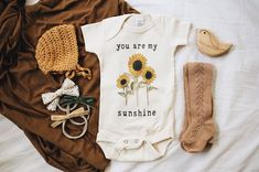 And I thought I didn't like baby girl clothes… And I thought I didn't like baby girl clothes… - Cute Adorable Baby Outfits Baby Girl Fashion, Kids Fashion, Little Babies, Cute Babies, My Bebe, Shower Bebe, Baby Shower, Baby Kids Clothes, Baby Girl Clothing