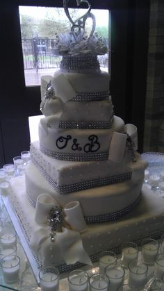 Did this cake for my cousins 25th wedding anniversary..