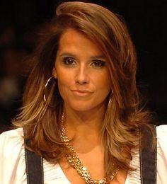 cabelo médio repicado / medium length haircut  - Deborah Secco