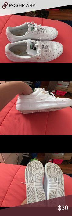 Selling this Puma on Poshmark! My username is: myaclarise. #shopmycloset #poshmark #fashion #shopping #style #forsale #Shoes