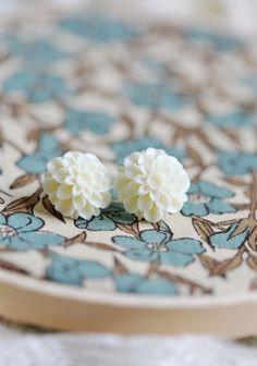 Ivory floral earrings