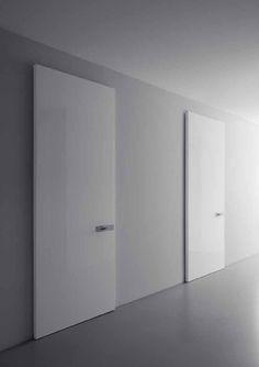 Lualdi Outline door
