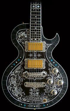 La Mora de TEYE Guitars. Retrouvez des cours de guitare d'un nouveau genre sur MyMusicTeacher.fr